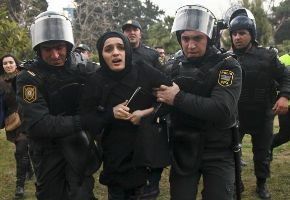 5056-04-Azerbaijan_Protest