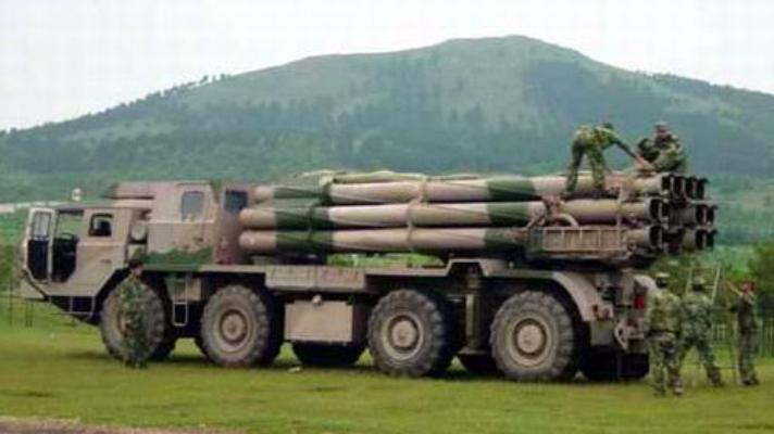 phl03_ar2_multiple_rocket_launcher_system_truck_Chinese_Army_China_010