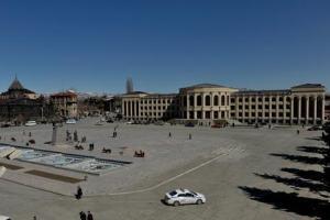 1343112840_gyumri-square