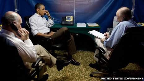 obama-inside-secret-tent