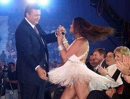 YanukovichGlamou