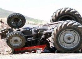 Traktor qeza