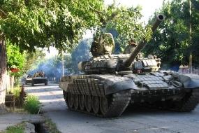 1405071834-9946-tanki-rossiya